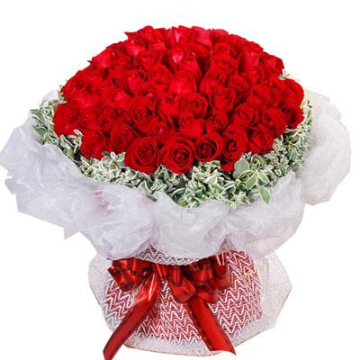 99朵红玫瑰/一生共相伴