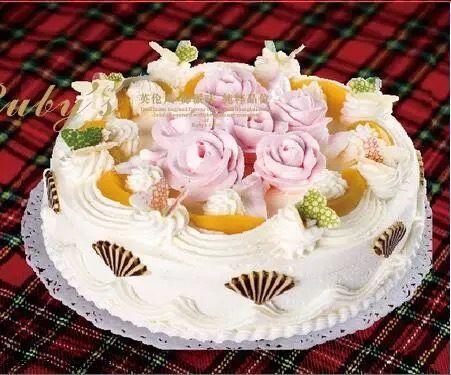 红宝石鲜奶蛋糕011(8寸)
