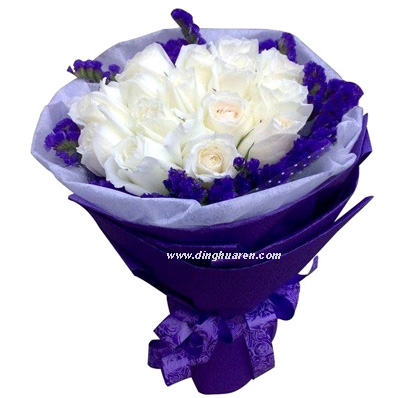 19朵白玫瑰/因�橛心�